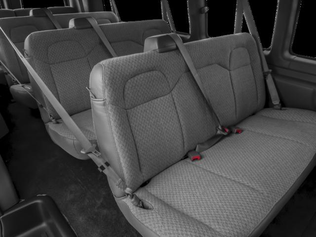 GMC Savana_Passenger  2018